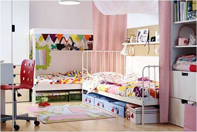 Детская в скандинавском стиле, зонирование шторами