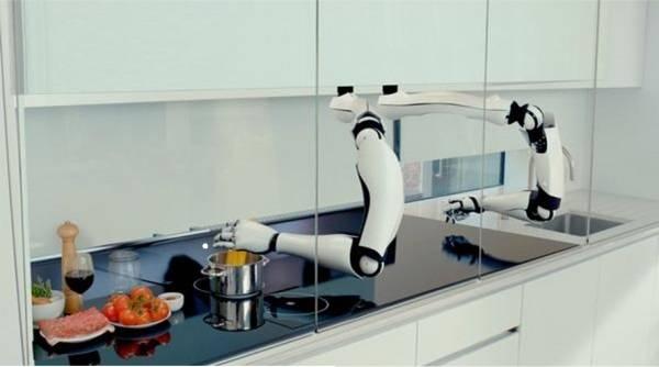 150819-робот шеф-повар фото