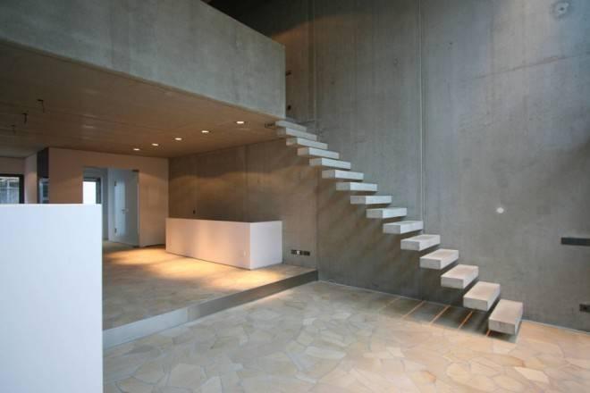 лестницы в бетоне