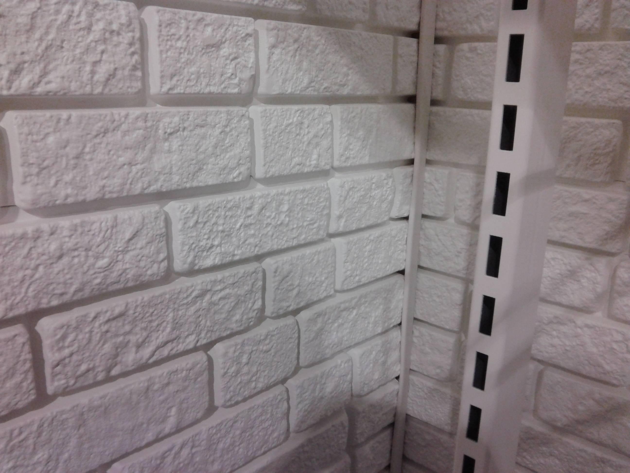 Кирпичная стена в интерьере. лучшие материалы имитирующие ки.