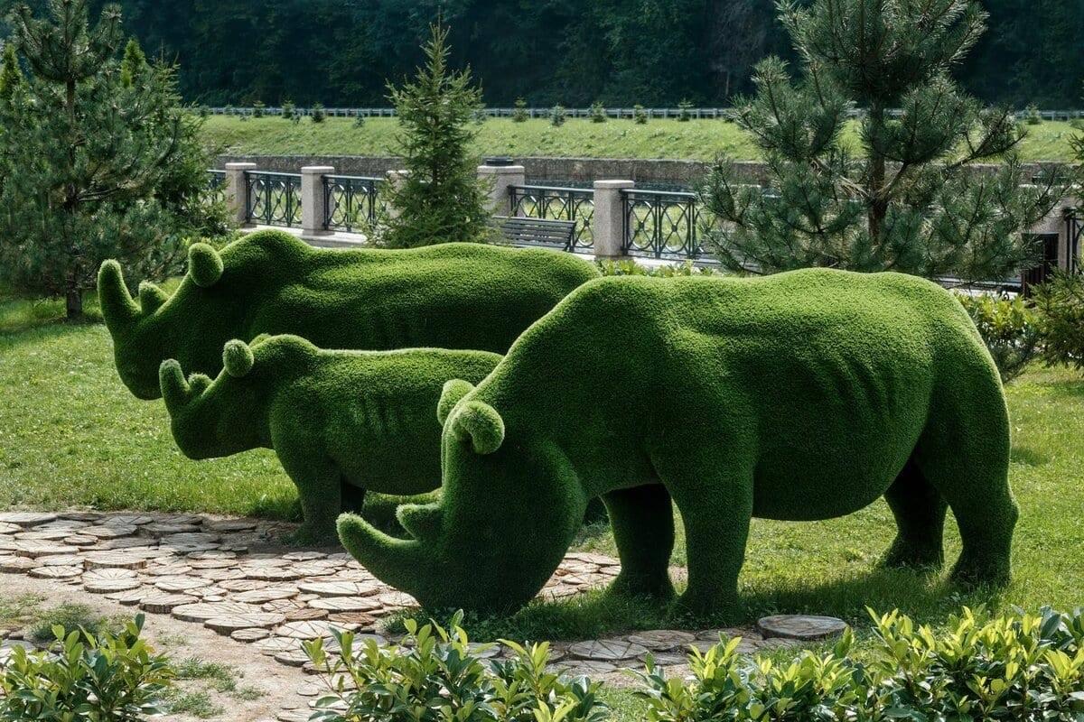 Зеленые топиарные фигуры